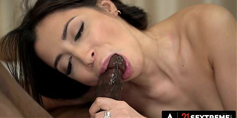 Russian Beauty Is Thirsty For A Humongous Cock
